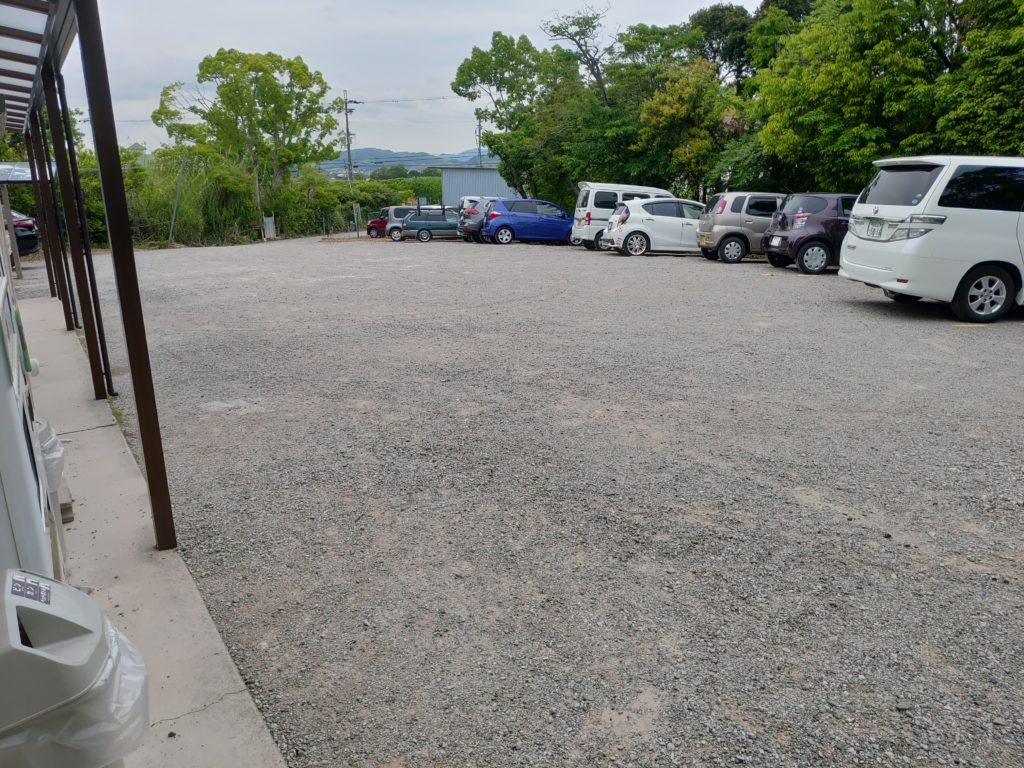 水藻フィッシングセンター駐車場